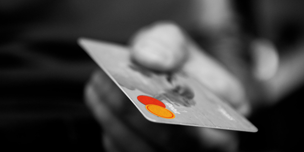don't make these credit card mistakes