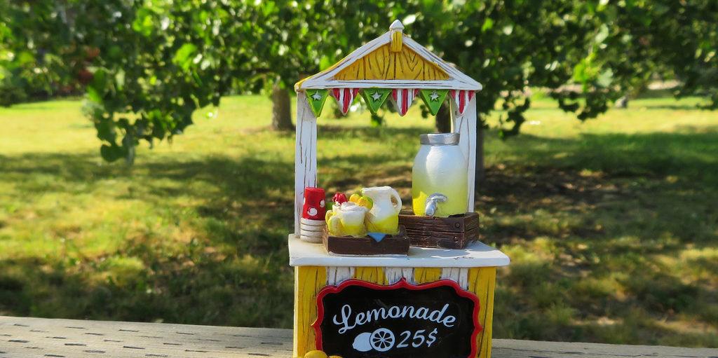 lemonade stands a childhood side hustle